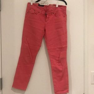 J.Crew pink cropped pants, perfect for spring!